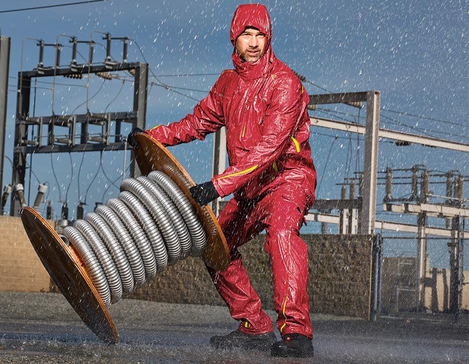 Pracujte za každého počasí. Oblékněte nepromokavé pracovní oděvy.